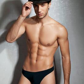 Basic Brief Black
